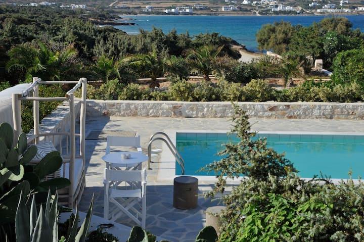 4 bedroom Santa Maria beach Residence