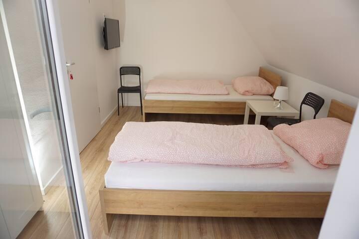 Gründauer Schlafstub - Zimmer f. 2 Pers. M5