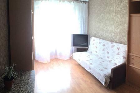 Отдельная просторная комната в спальном районе. - Aprelevka
