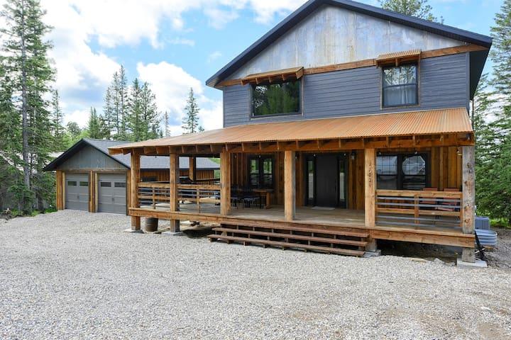 Iron Wood Lodge
