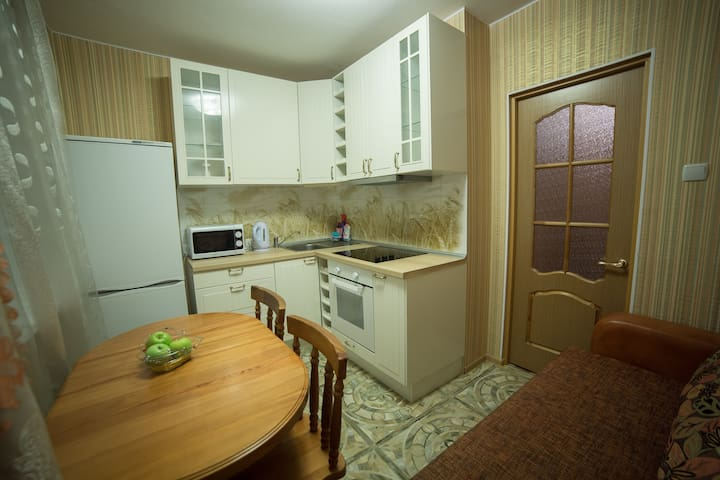 Уютная квартира в новом доме, душевая кабина,Wi-Fi - Vladimir - อพาร์ทเมนท์