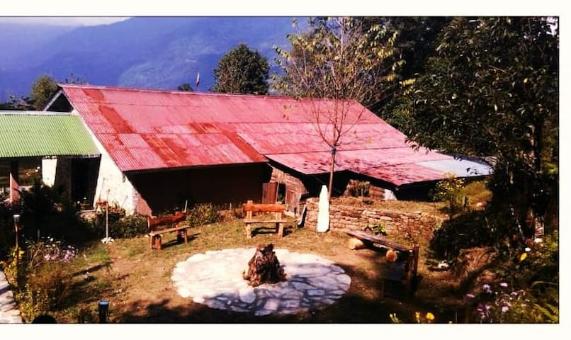 Cottage for rent at Retreat 108 - Pelling - Шале