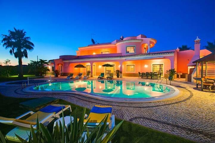 Villa Belo Horizonte - Porches - Huis