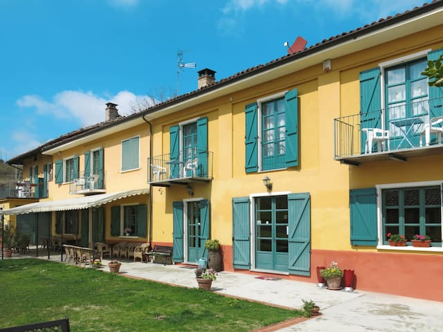Apartment Cascina del Tiglio for 6 persons