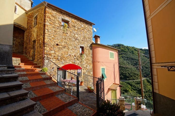 "New Apartment ""Old Stone"" - Lavaggiorosso - Appartement"