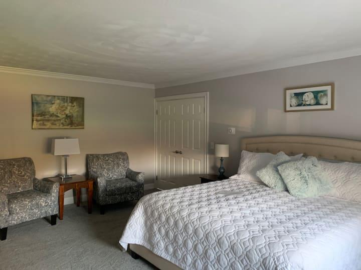 Frederick Suite - Garden View