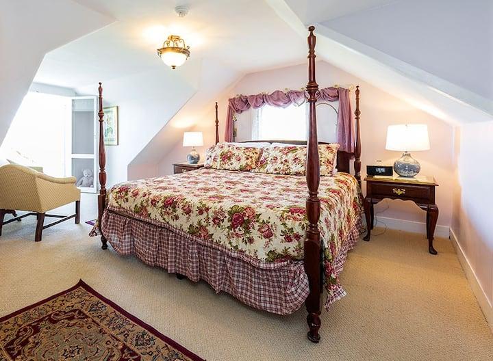 Hulls Cove Room