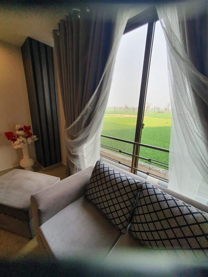 UG 16; Comfortable Stay with Lush Green View