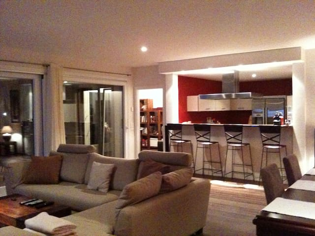 163 m2 High standing Appartment - Lutry - Daire