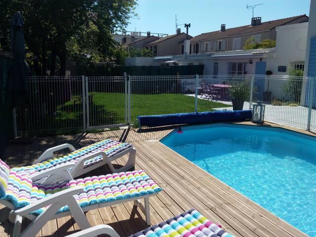 Villa avec jardin et piscine, Marseille 8ème - Marseille - Villa
