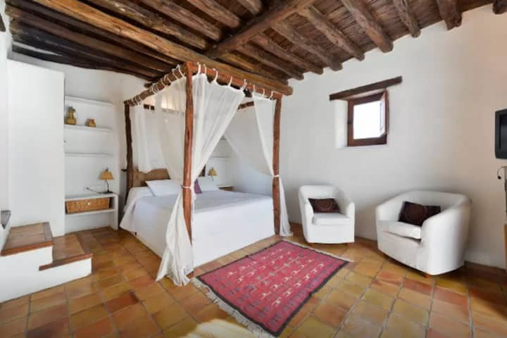 Suite in Traditional Ibizan Finca - SC