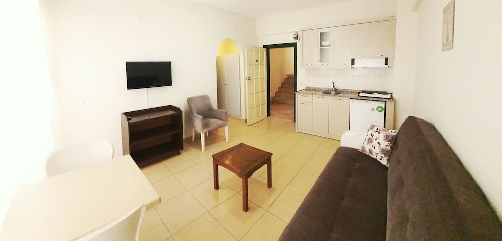 Cozy flats 50 mt to the beach in Alanya (2)