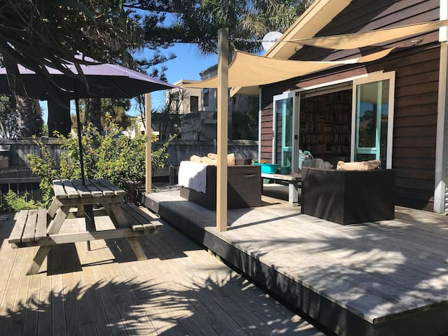 Mount Maunganui Beach Retreat
