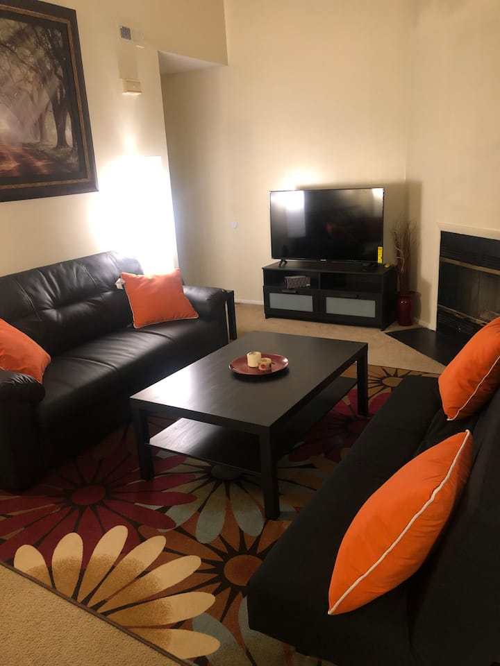 Gorgeous Condo 15 Minutes Away from Oceanfront