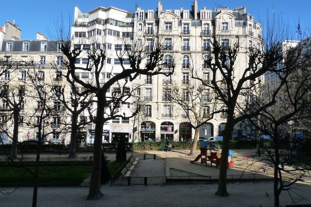 le square Adolphe Cherioux vu de notre appartement