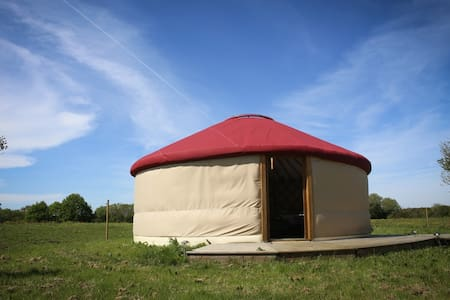 yourte contemporaine - Chauvé - Yurt
