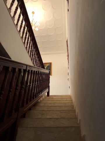 Escalier vers premier niveau