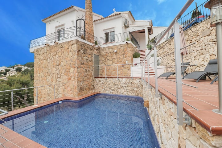 Casa Con Vista - Luxury Holiday Villa,  Moraira