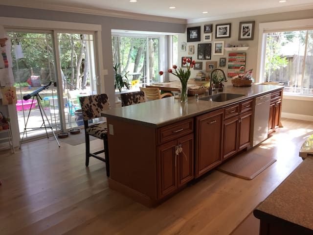 Family Friendly in Wine Country - Santa Rosa - House