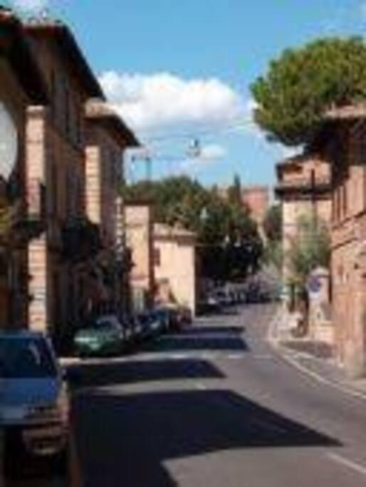 la  via di  porta  romana