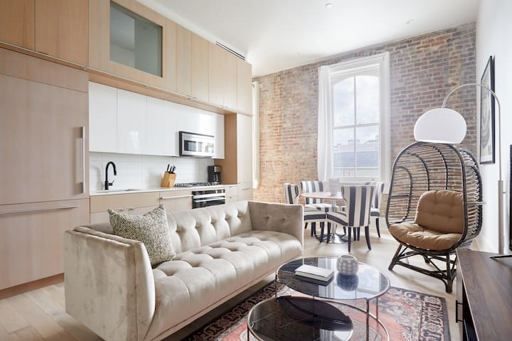 Sonder | Gravier Place | Airy 1BR + Laundry