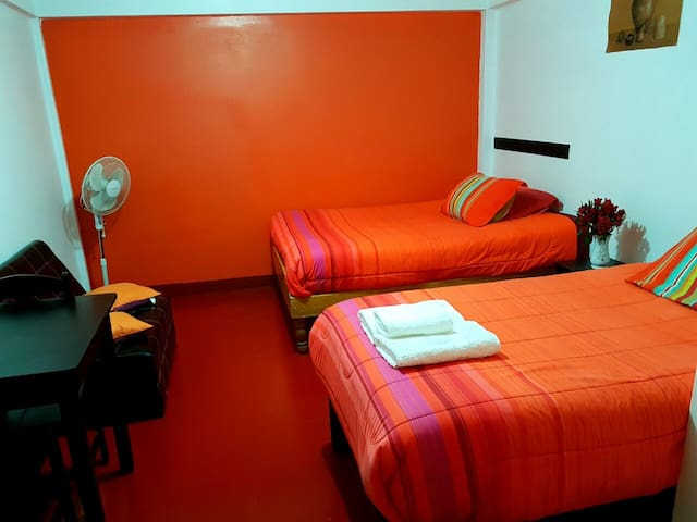 andre adventure - Aguas Calientes - Bed & Breakfast