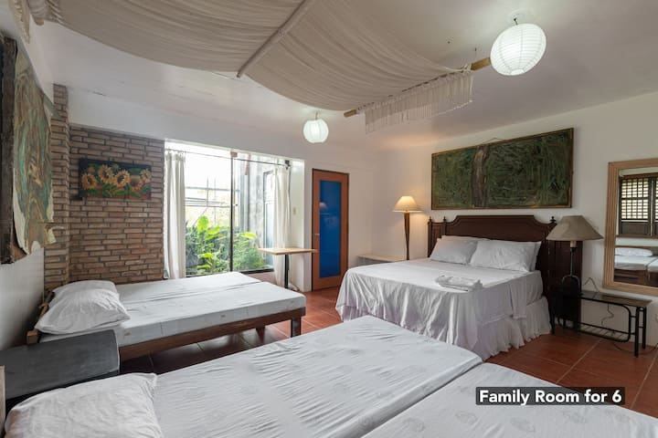 Family Room for 6 at Casamara Garden Tagaytay