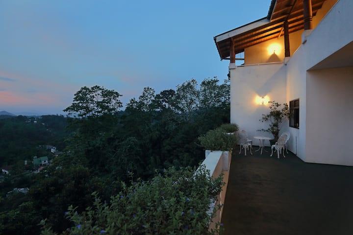Primrose Bungalow, Kandy