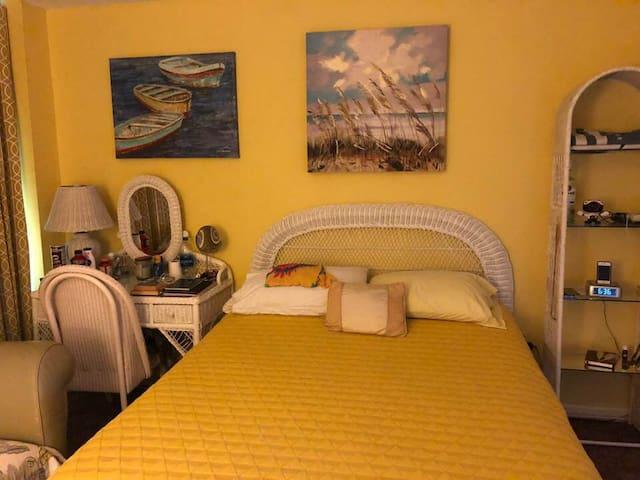 Big Room, near Jackson, U of M, med