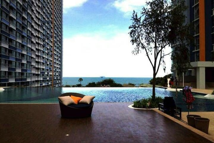 中天海滩一卧侧海景/城市景01 Lumpini side seaview/city view