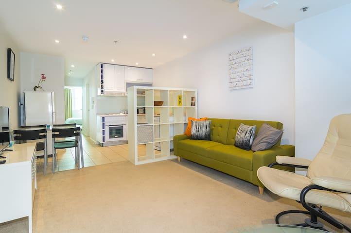 Stylish apartment, superb location WiFi