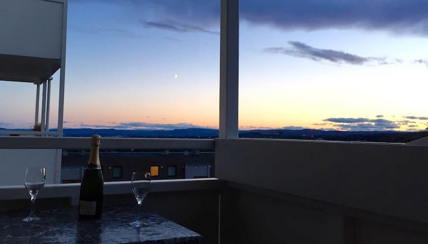 fantastic view, close to a lot - Oslo - Apartament