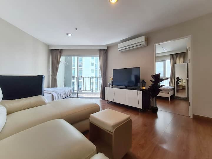 THE SPRING WARMTH LUXURY:2BR/MRT/POOL