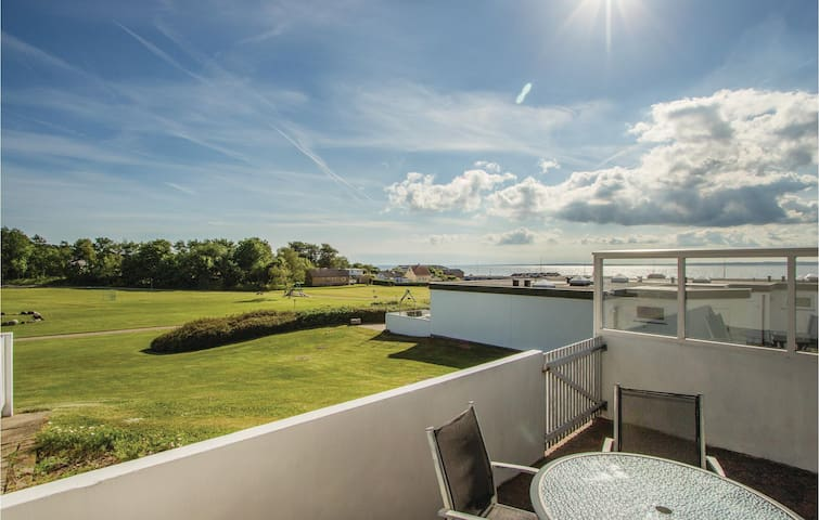 Terraced house with 2 bedrooms on 45m² in Tranekær