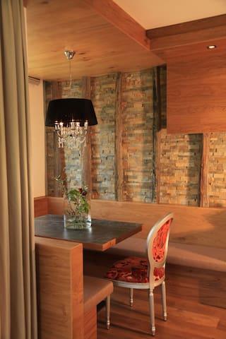 Zweizimmerwohnung Überbacherhof