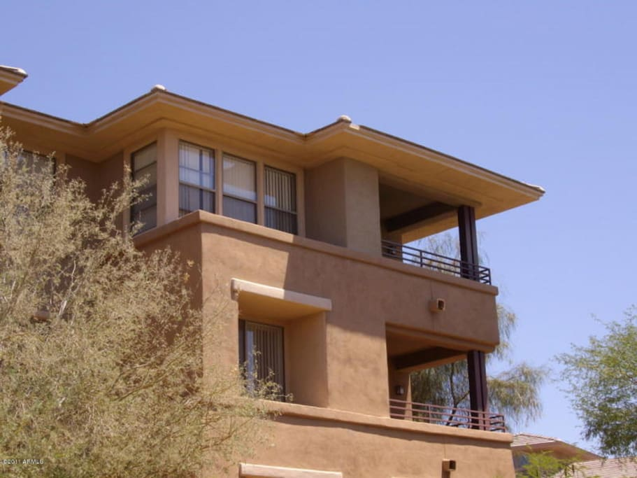 Top Floor Condo with an Expansive and Commanding View of the Complex, Scottsdale, and the McDowell Mountains.