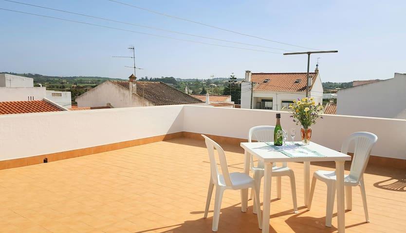 Perfect Home 4 Family & Friends #Spacious Terrace - Odiáxere - Дом