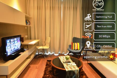 Luxury SOHO Suite with WIFI @ Imago Mall - Kota Kinabalu