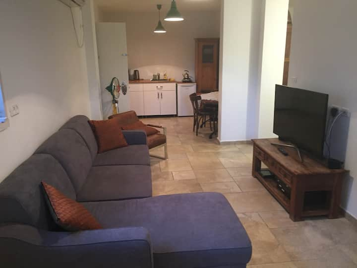 Lovely & peaceful renovated house ~Great Location