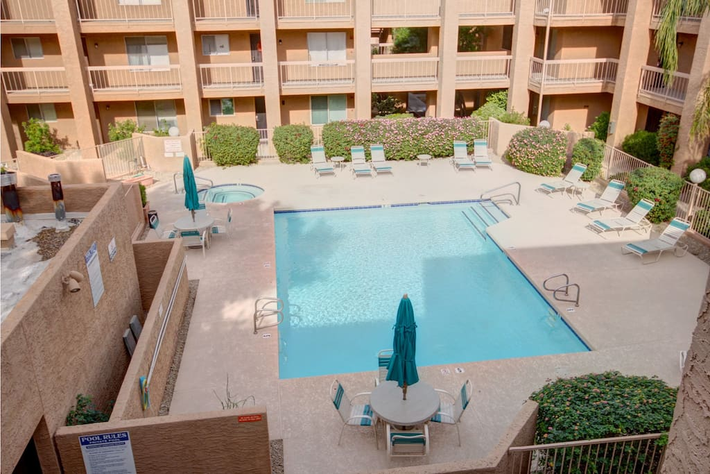 Beautiful heated pool, spa with sitting areas, gas bbq and elevator