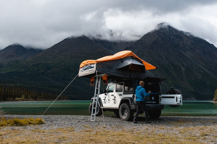 Overland Yukon | Jeep, Rooftop Tent & Camp Gear