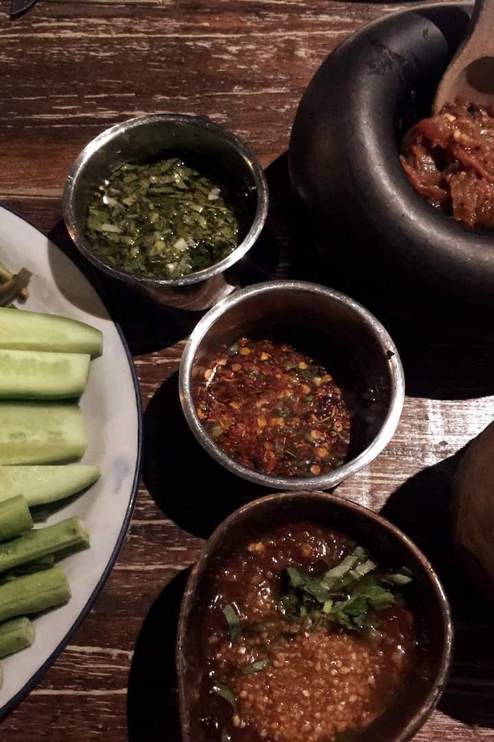 Thai dip with fresh vegetables