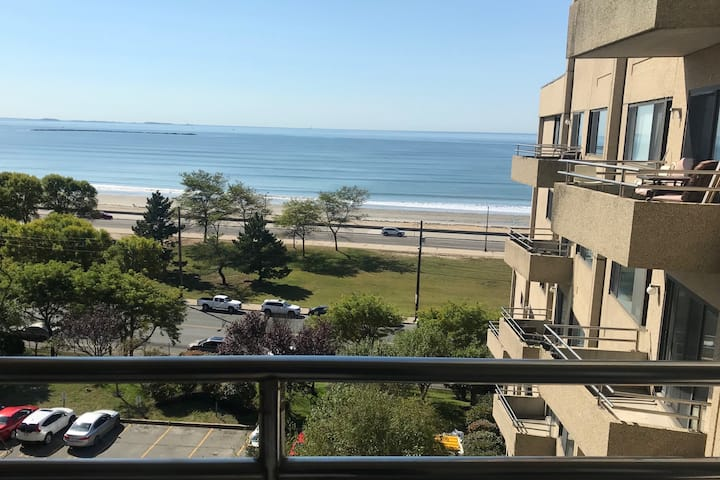 Ocean Views + 15 Minutes to Downtown Boston