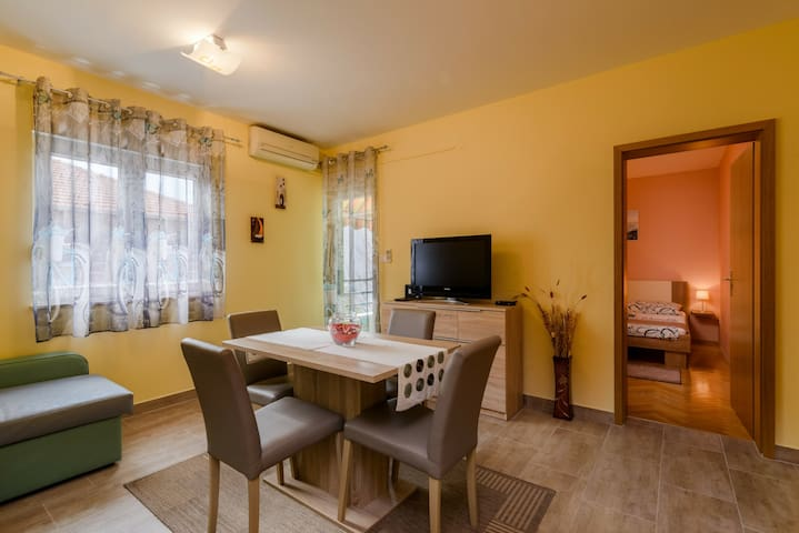 Apartment Grozdy - Trogir