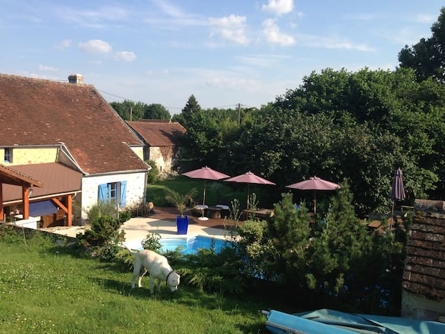 Paris/Disneyland - Charming restaured house + pool - Pommeuse - Ev
