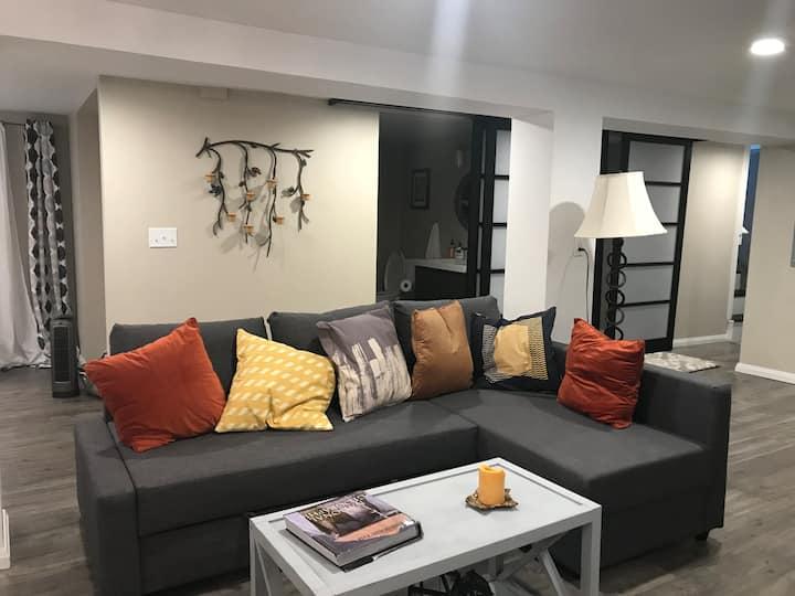 Adorable Grant Park basement apartment