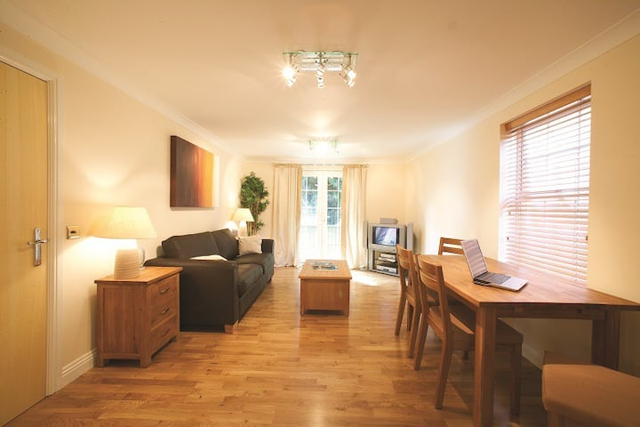 Beautiful Two Bedroom in Central Newbury