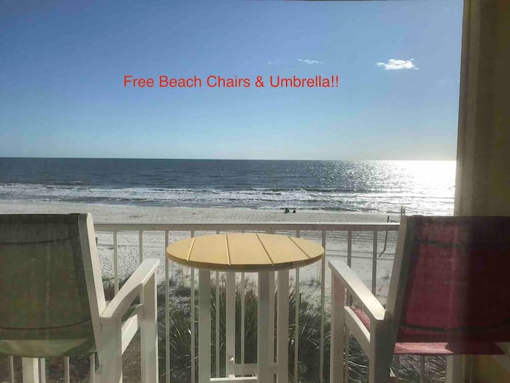 Gulf Getaway #314 Private Balcony & Beach Front