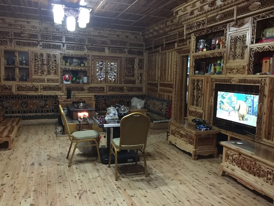 纯手工木雕藏式客厅