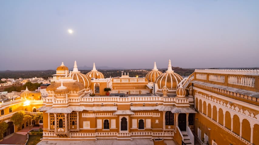 Rajsamand Boutique   1br in a Royal Palace